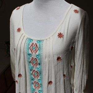 Umgee Boho Peasant Aztec Embroidered Top Size S